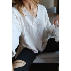 NEW FREE PEOPLE V neck Sweater chunky oversized